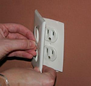Outlet sealer